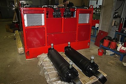 Станция насосная привода установки гидравлической для резки крупногабаритных шин 4НЭЭ32-160Ж500Т1-Х-спец